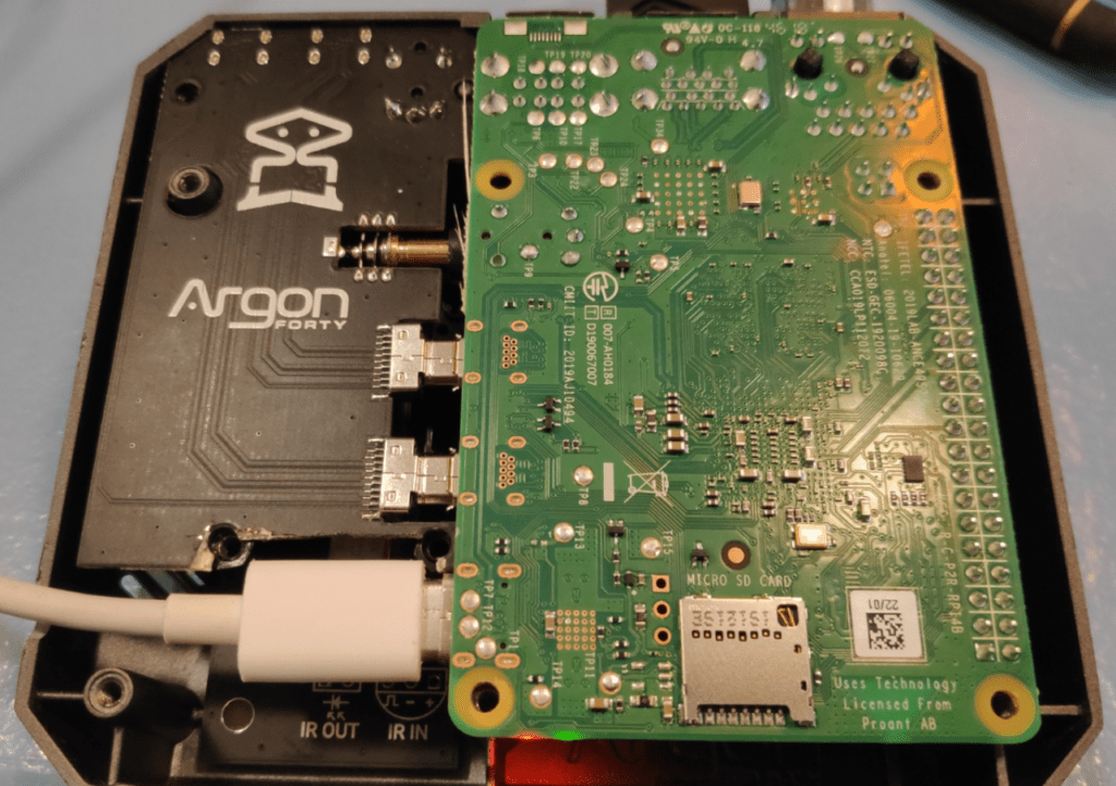 RPI4 with Argon ONE circuitry - hacked